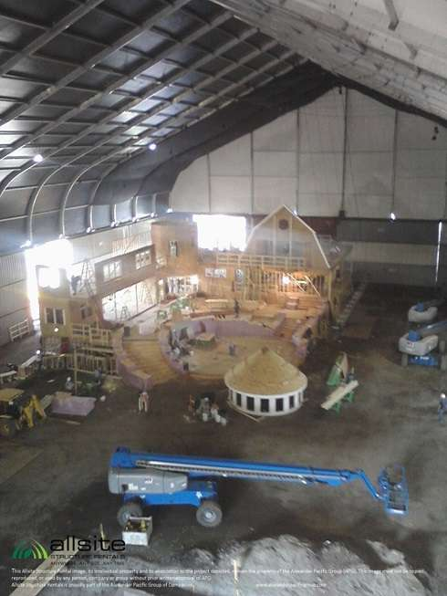 temporary enclosure movie set interior fabric building with move set and crane indoors